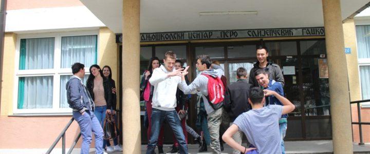 Srednjoškolci sve više izostaju sa nastave