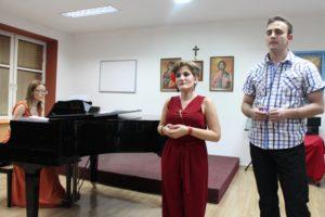 Gost mladoj umetnici je bio Boško Tepavčević, a korepetitor Maja Stojanović