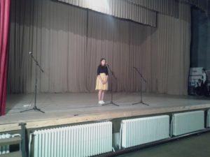 emotivna recitacija djevojčice sa Kosova