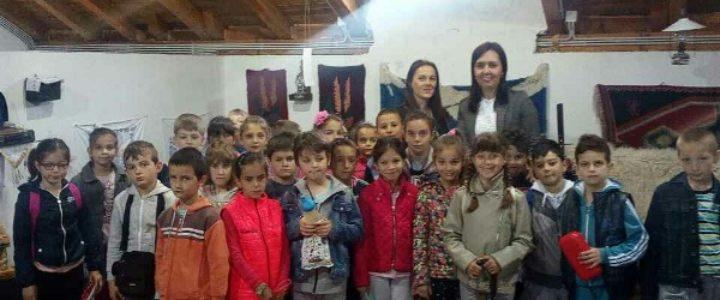 Osnovci upoznaju ljepote Gacka i Hercegovine