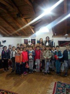 Osnovci u Etno muzeju u Danicima 3