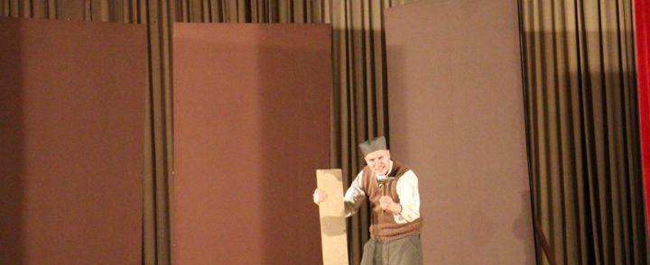 """Predstava """"Svetozar III"""" izvedena u Gacku"""