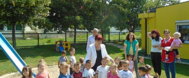 """Ministarka Davidović posjetila """"Dječiji vrtić"""""""